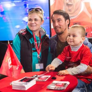 Ивелин Попов с болельщиками