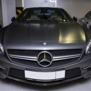 Mercedes Benz CLS 63 AMG в гараже